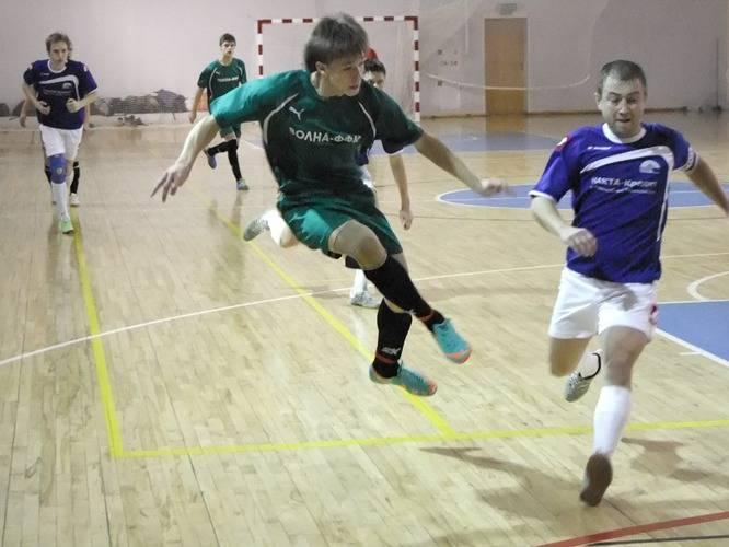 «Волна-ФФК» – «Накта-Кредит», 3:3. Максим Серебряков в атаке.