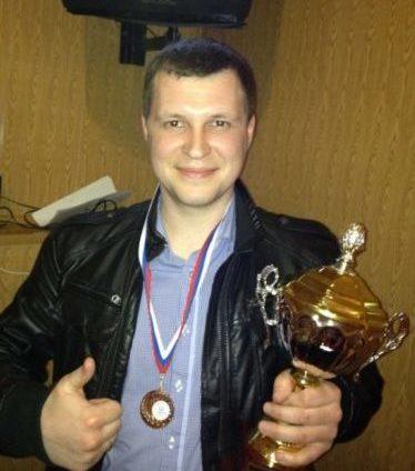 Дмитрий Ёлкин впервые подержал кубок только на банкете